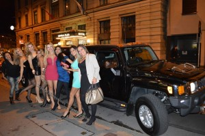 Wieso ist Hummer Limo mieten so teuer
